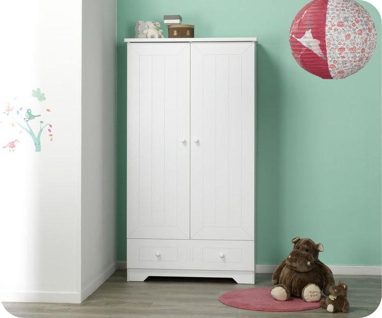 Armario Closet ~ Habitación bebé color blanco cuna, cómoda, armario