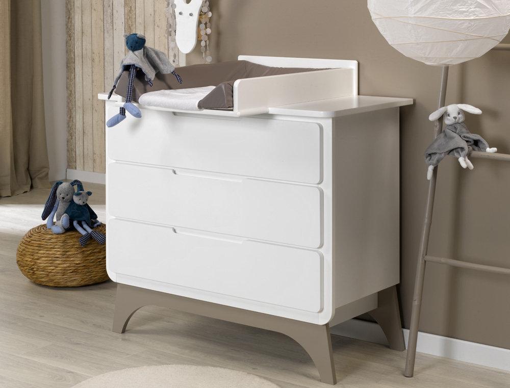 Comprar c moda beb en color blanco y lino con tres cajones for Muebles cambiadores de bebe