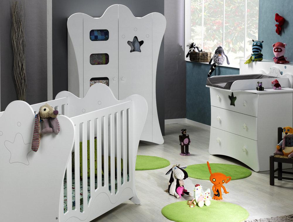 Habitaci n beb completa en blanco cuna c moda y armario for Habitacion completa bebe boy