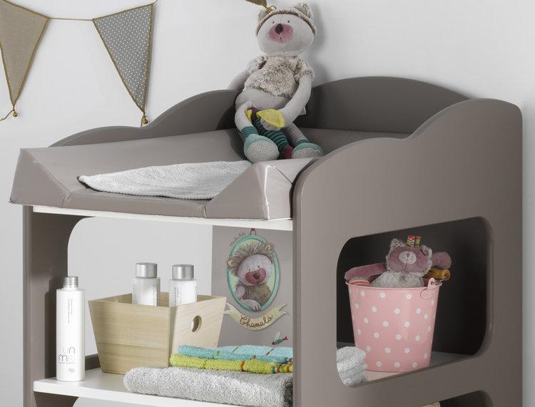 Venta de mueble cambiador con estantes y ruedas color chocolate - Muebles cambiador ...