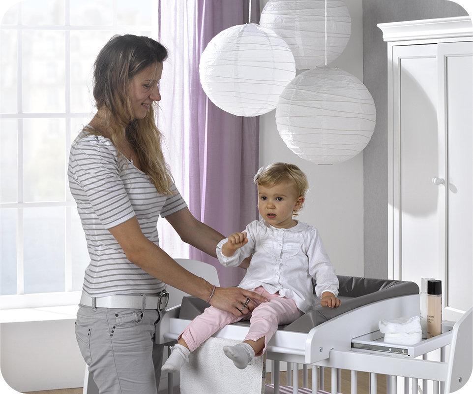 Cambiador de beb para cuna modelo paule en color blanco for Mesa cambiador para bebe
