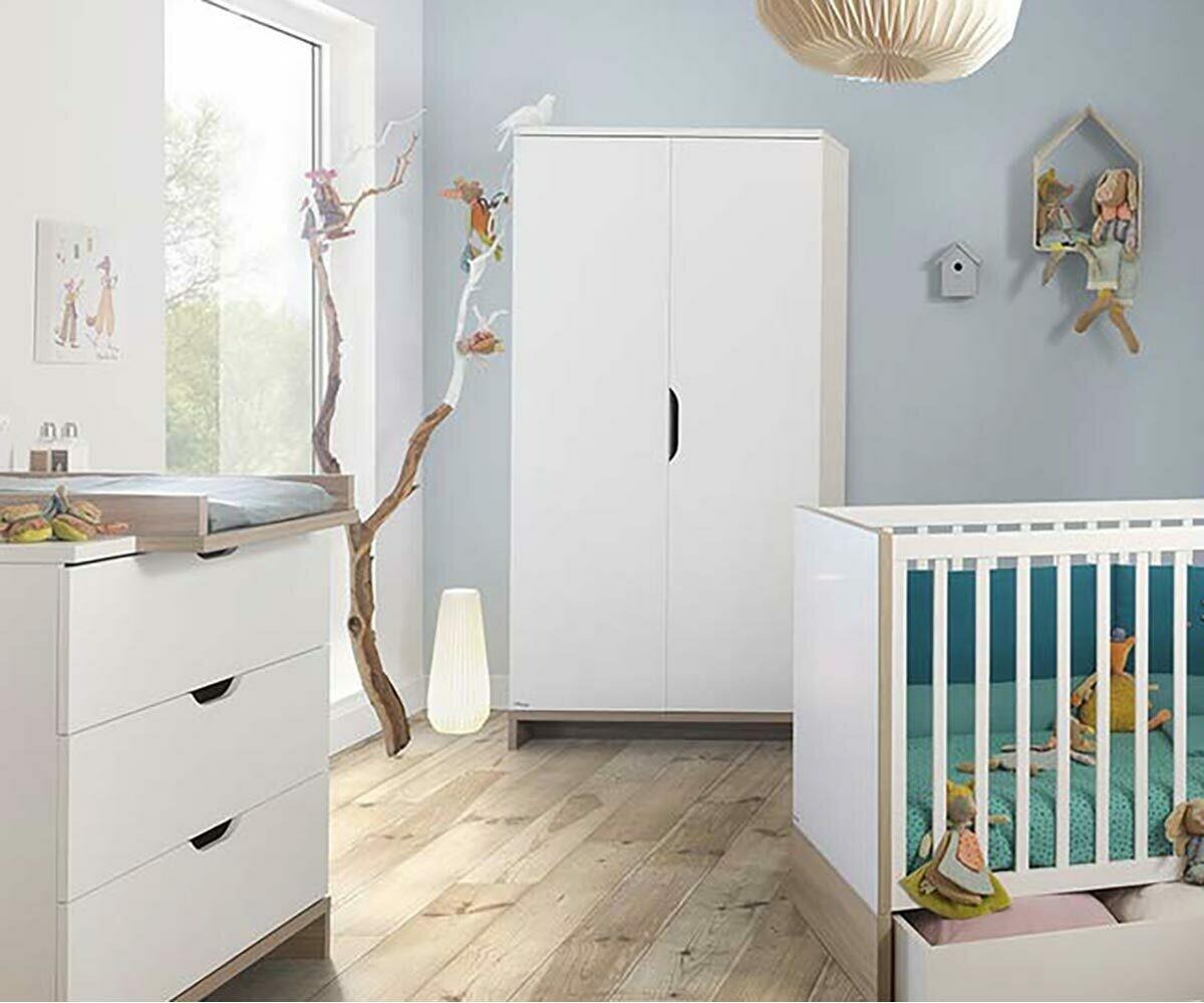 Armario para beb en blanco y madera pluma - Armario madera blanco ...