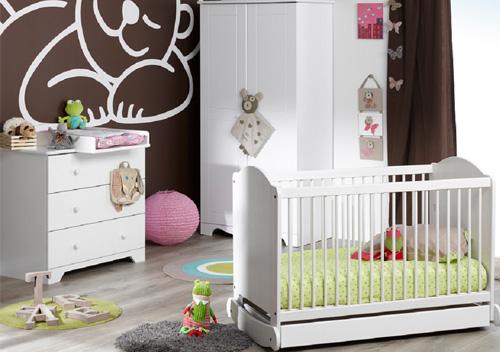 Habitación de bebé NATURE, cuna, cómoda y armario